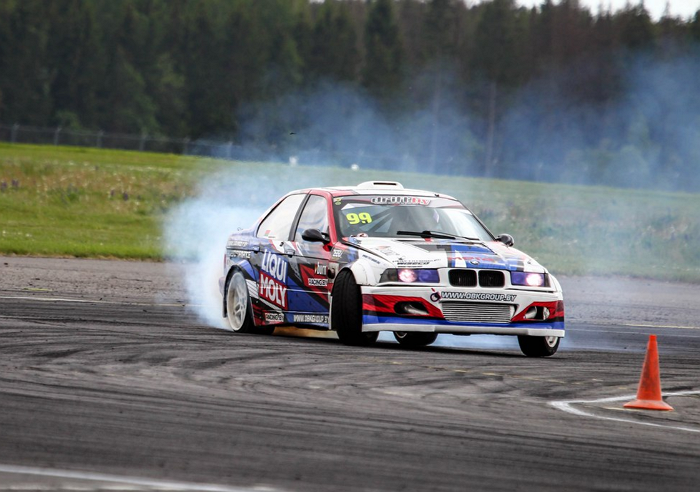 NAGULA DRIFT CAR BMW